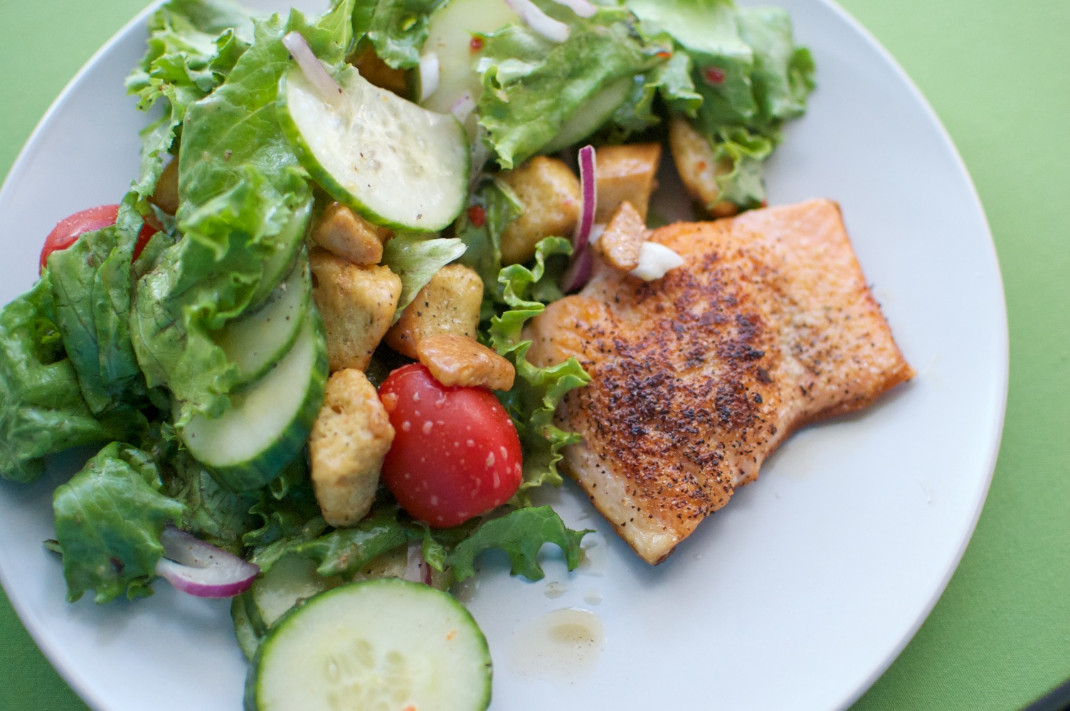 Vegetarian and Pescetarian Diets Reduce the Risk of ...