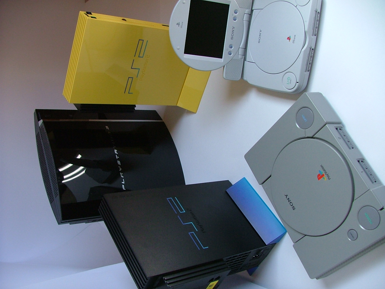 Microsoft and Sony Are Working on Xbox Two and PlayStation ...
